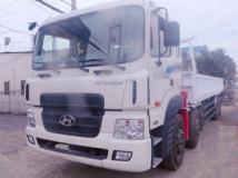Xe tải Hyundai HD320 gắn cẩu Unic 5 tấn
