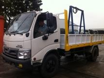 Xe tải hino 5 tấn chở kính
