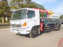 Xe tải Hino 9,4 tấn gắn cẩu Unic 3 tấn 4 đốt