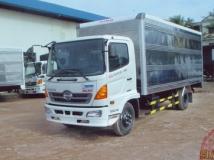 Xe tải Hino FC 6 tấn thùng kín dài 5,8m
