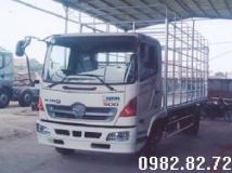 Xe tải Hino FC chở Gia cầm