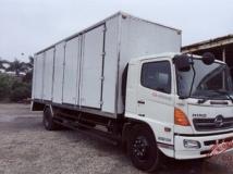 Xe tải Hino FG chở Pallet điện tử