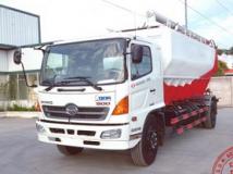 Xe tải Hino FG chở Cám 18 khối