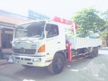 Xe tải Hino FL 3 chân gắn cẩu Unic 5 tấn 3 đốt