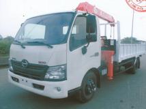 Xe tải XZU730 5 tấn gắn cẩu Unic URV344 3 tấn 4 đốt