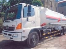 Xe xi téc chở xăng dầu Hino 19 khối