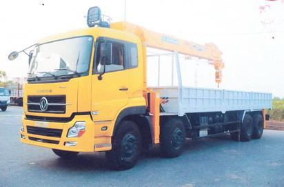 Xe tải Hoàng Huy gắn cẩu Soosan 10 tấn