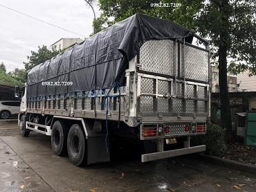 hino 15 tấn thùng bạt