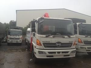 xe tải hino fg gắn cẩu unic