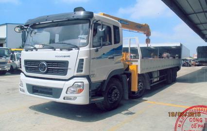 xe tải trường giang gắn cẩu 7 tấn